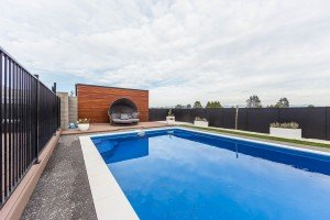 Family home North Bright - swimming pool
