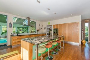 McSaveneys Estate - kitchen
